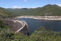 Đập Bhumibol tại tỉnh Tak là một trong những nơi nước được chuyển tới. (Ảnh: Bangkok Post)