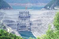Đập thuỷ điện Tiểu Loan của Trung Quốc có tổng dung tích 15 tỷ m3.