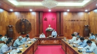 Chủ tịch UBND tỉnh Tiền Giang Lê Văn Hưởng phát biểu chỉ đạo tại buổi họp. Ảnh: Nam Thái/TTXVN