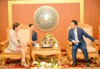 Bộ trưởng Bộ Tài nguyên và Môi trường Trần Hồng Hà tiếp và làm việc với Đại sứ Đặc mệnh Toàn quyền Italia tại Việt Nam Cecilia Piccioni sáng 2/11