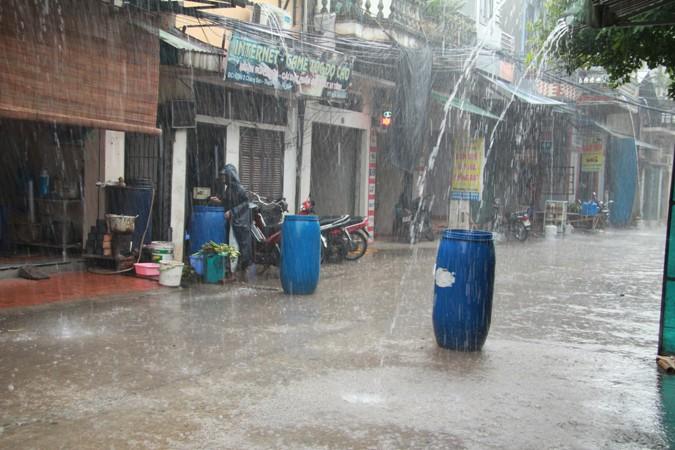 Kết quả hình ảnh cho Nước mưa có nên uống hay không?